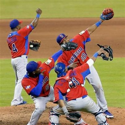 republica-dominicana-campeon-06-3-19-2013