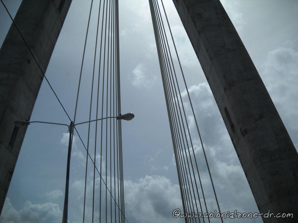 Puente Mauricio Báez over río Higüamo in San Pedro de Macoris 6-16-2013