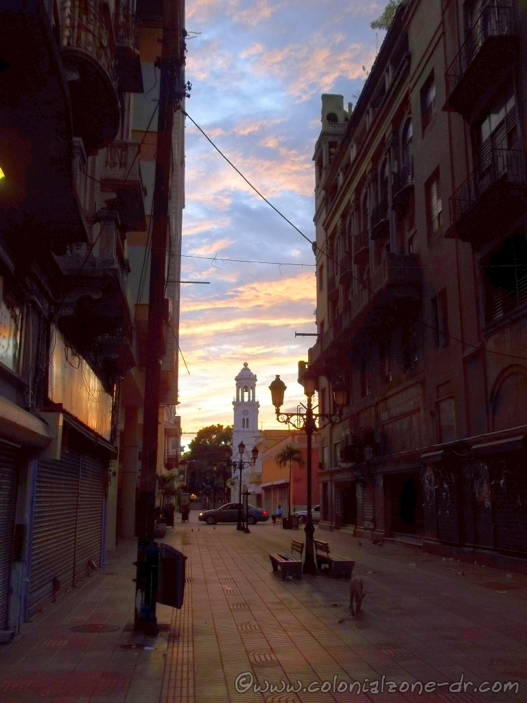 Calle el Conde at dawn