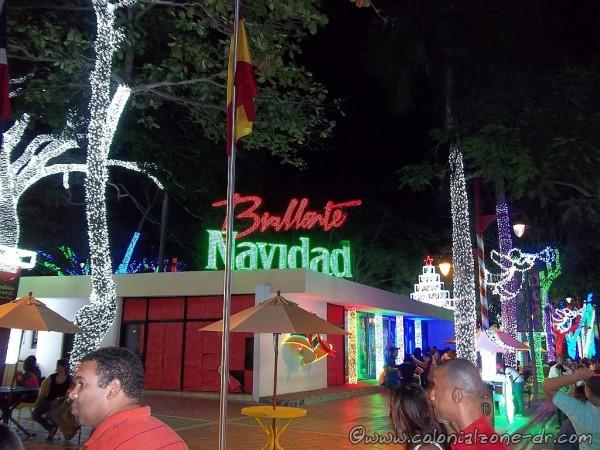 Brillante Navidad, Parque Iberoamérica, Santo Domingo -  December 1, 2014 to January 7, 2015.