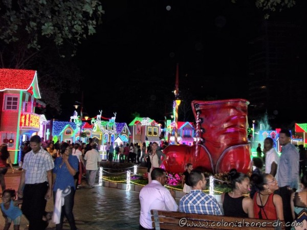 Brillante Navidad, Parque Iberoamérica,  -  December 1, 2014 to January 7, 2015.