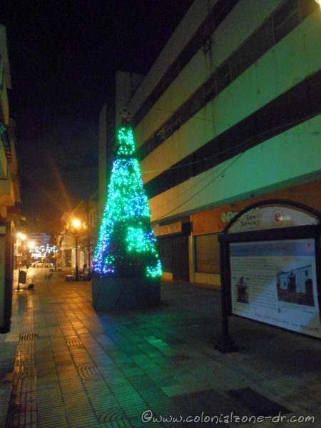 Christmas tree on Calle el Conde