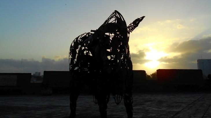 Plaza-Reloj-de-Sol-bull-06-4-28-2015CUT