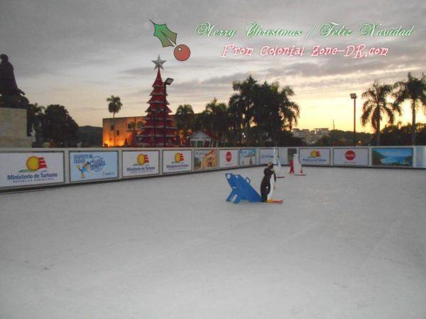 Christmas / Navidad Tree and Ice Skating in Plaza España 2018.